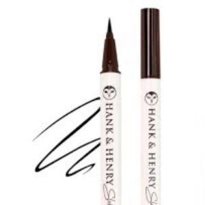 HANK AND HENRY Blickity Black liquid eyeliner